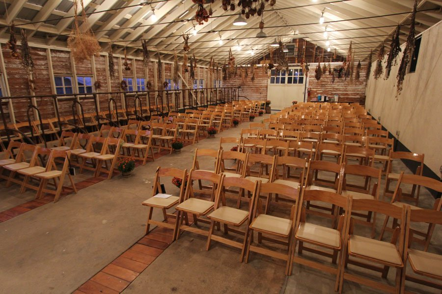 2014 11 07 5566 900 x 600  - wedding barn rental